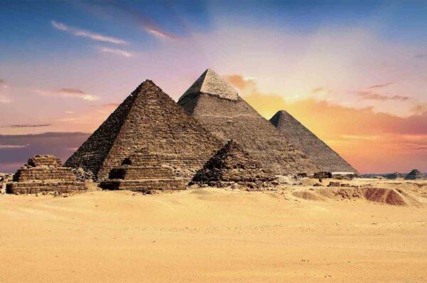 Payramids - World Wonders